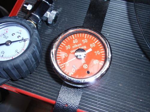 日本アクアラング 水深計
